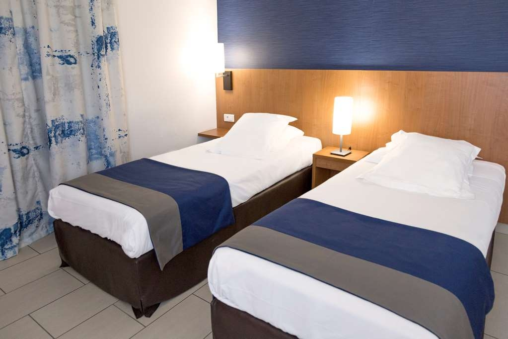 Best Western Plus Ajaccio Amiraute - 2 Bedroom Suite