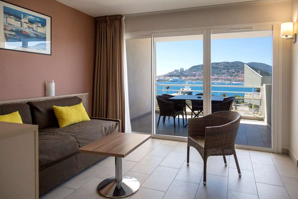 Best Western Plus Ajaccio Amiraute - 3 Bedroom Suite