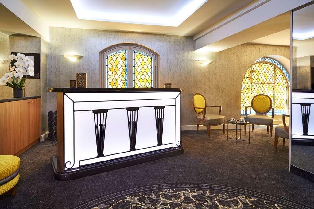 Best Western Premier Hotel Bayonne Etche Ona - Bordeaux - Front Desk