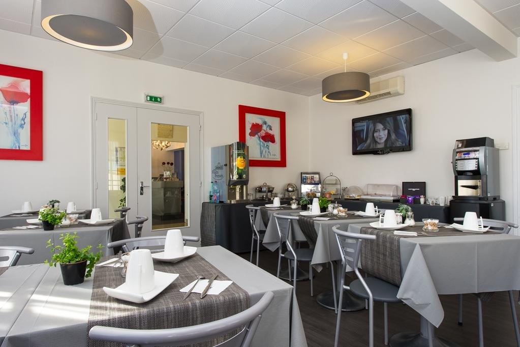 Best Western Le Vinci Loire Valley - Desayuno Buffet