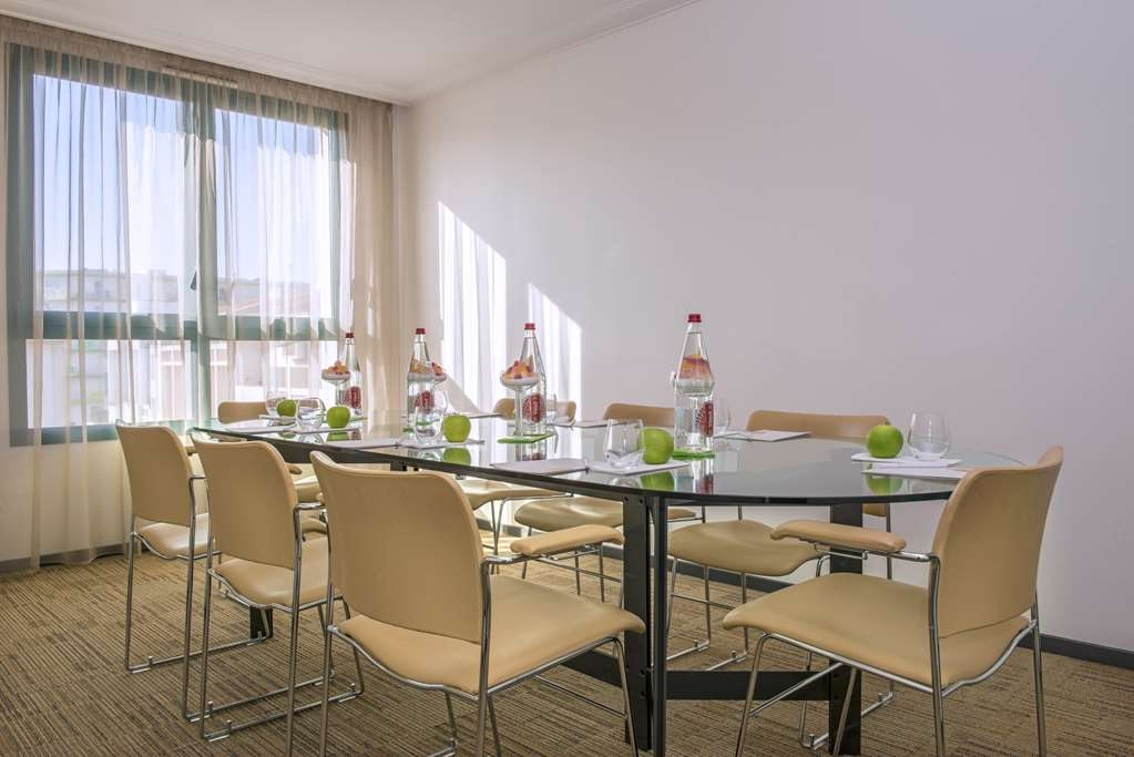 Best Western Plus Masqhotel - Meeting Room