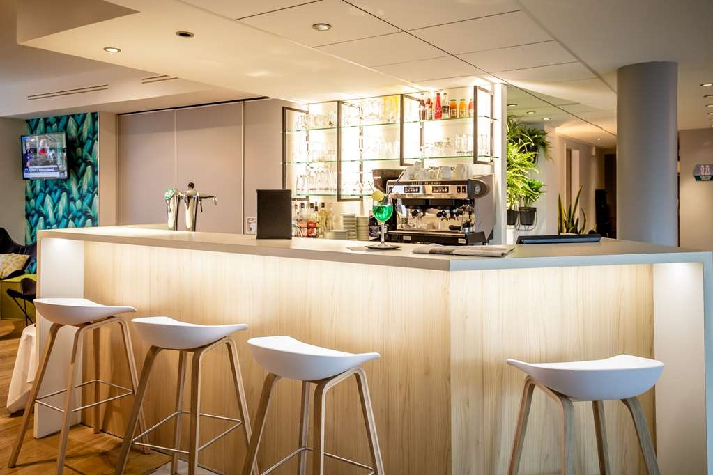 Best Western Plus Vannes Centre Ville - Bar/Lounge
