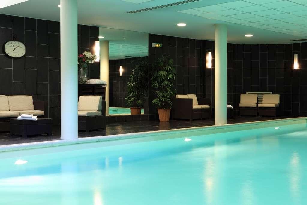 Best Western Amiral Hotel - Vue de la piscine