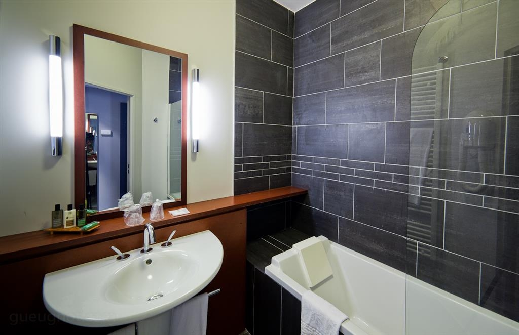 Best Western Plus Hotel Gergovie - Bagno