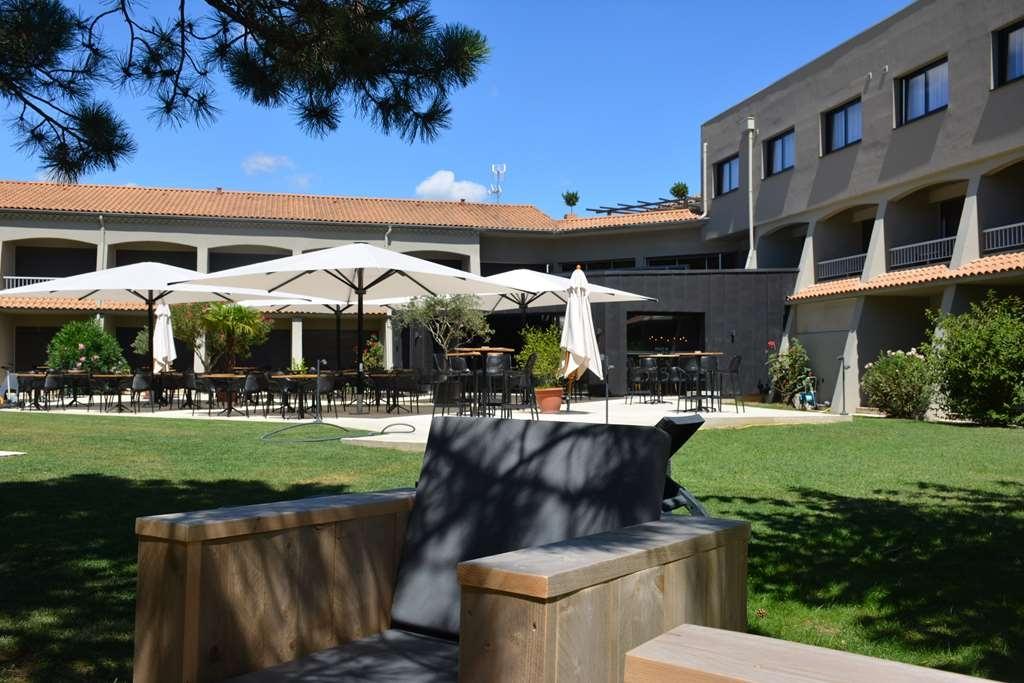 Best Western Plus Clos Syrah - Garden