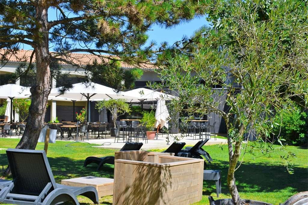 Best Western Plus Clos Syrah - Facciata dell'albergo