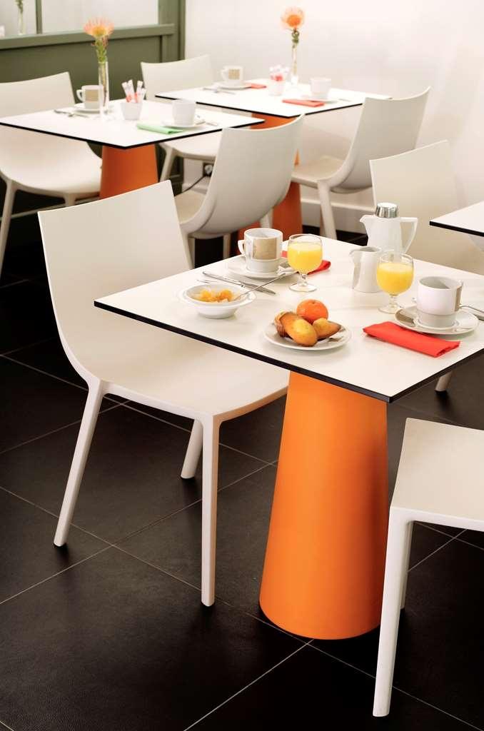 Best Western Premier Opera Opal - Breakfast Table