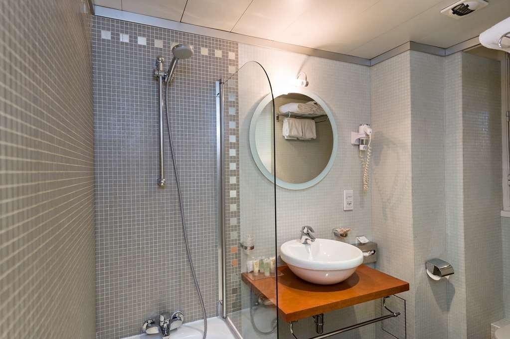 Best Western Mercedes Arc de Triomphe - Badezimmer