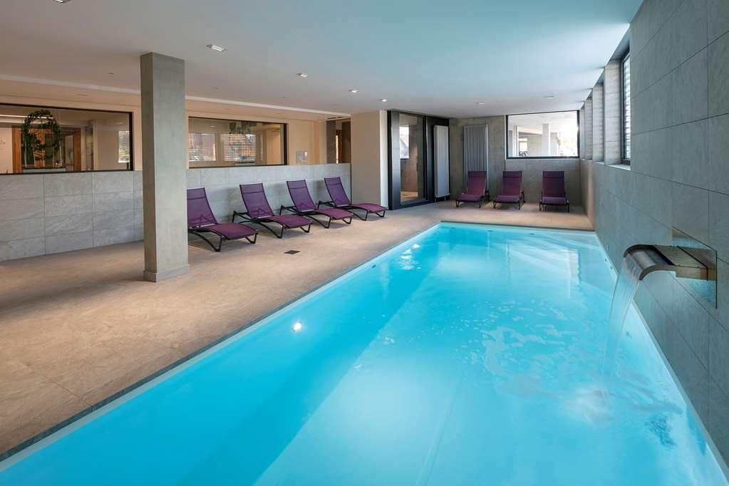 Best Western Hotel le Schoenenbourg - Vue de la piscine