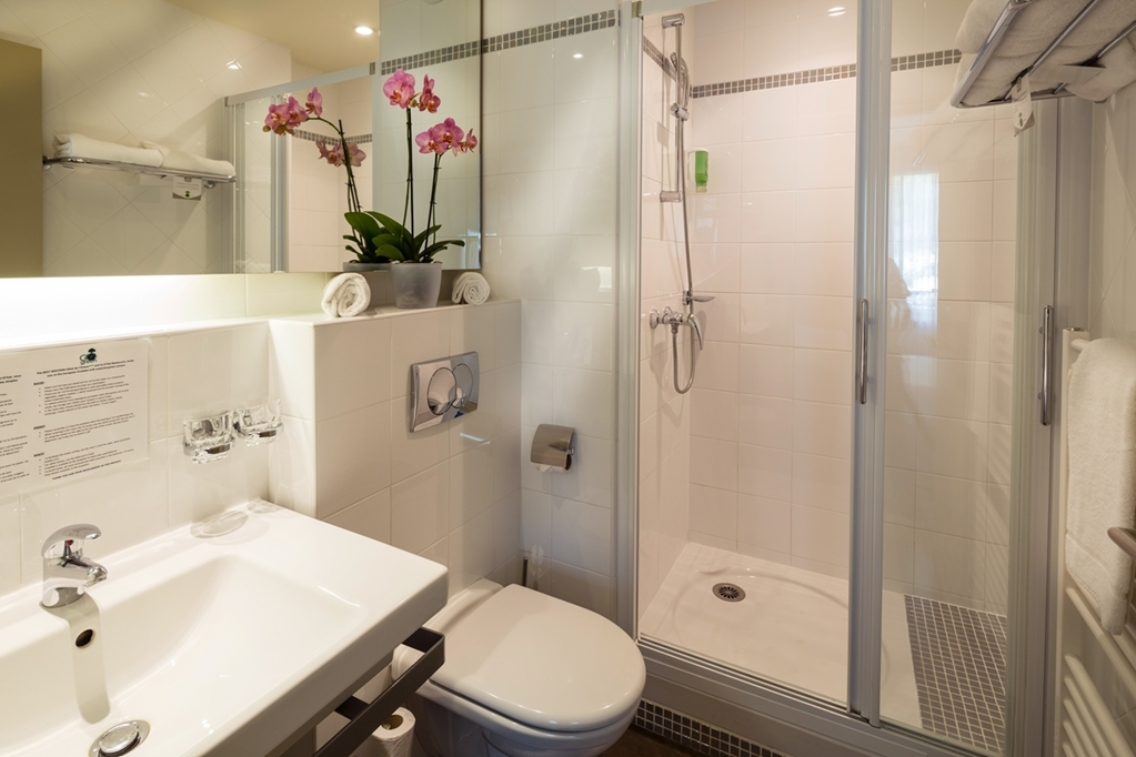 Best Western Plus Hotel de l'Arbois - Badezimmer