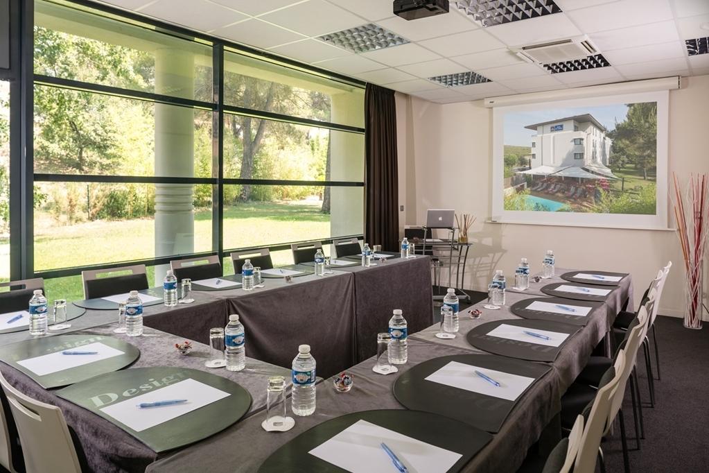 Best Western Plus Hotel de l'Arbois - Salle de réunion