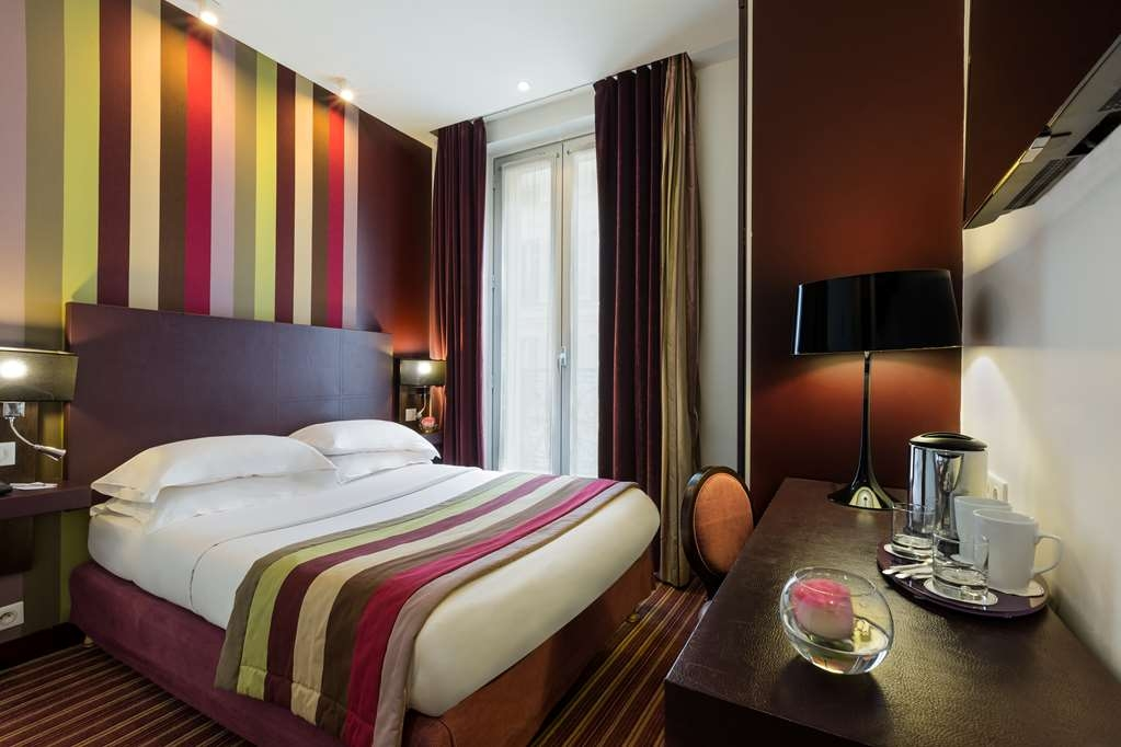 Best Western Star Champs Elysees - Superior Room