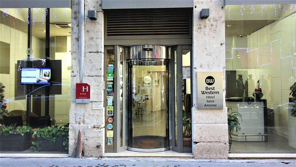 Best Western Saint Antoine - Entrance