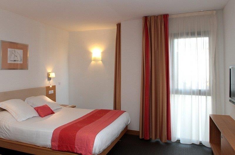 Best Western Premier Vieux Port - Gästezimmer