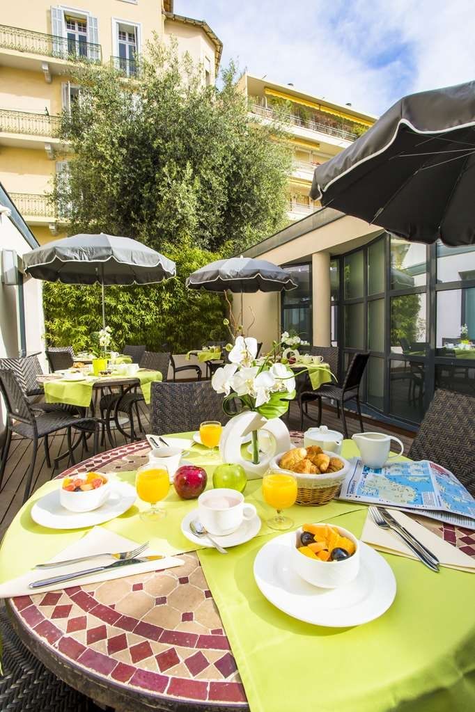 Best Western Plus Cannes Riviera & Spa - Patio
