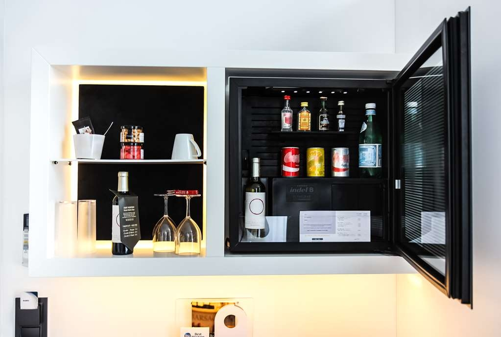Best Western Plus Gare Saint Jean - Guest Room Mini-Bar in the Classic Guest Rooms