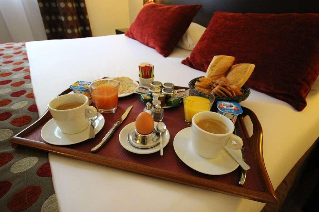 Best Western Hotel des Barolles - Lyon Sud - Breakfast in room