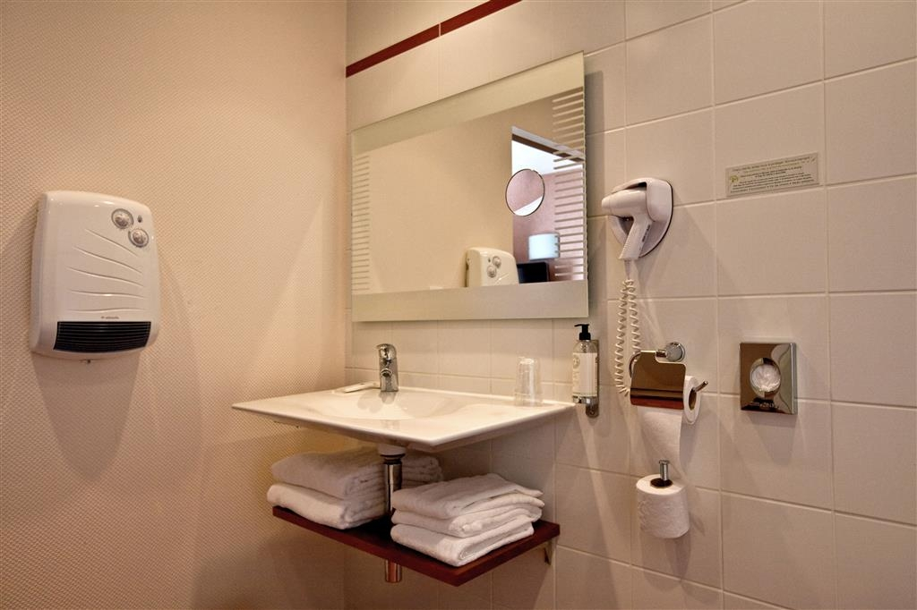 Best Western Le Duguesclin - Habitaciones/Alojamientos