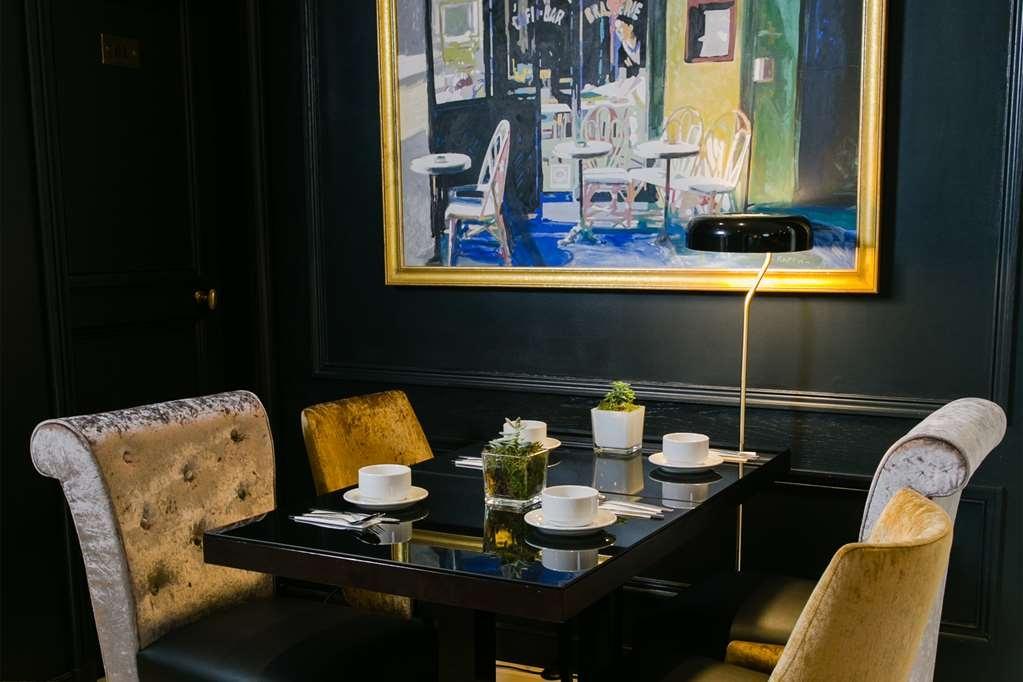 Best Western Plus Hotel de Neuville Arc de Triomphe - Frühstücksbereich