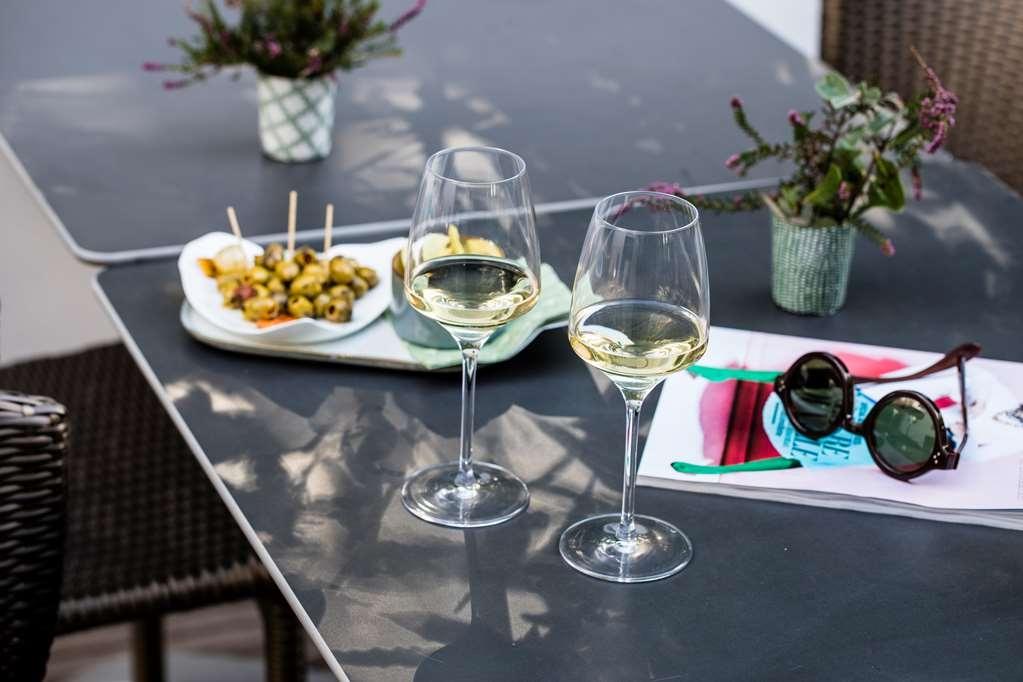 Best Western Plus Hotel de la Regate - Bar / Lounge