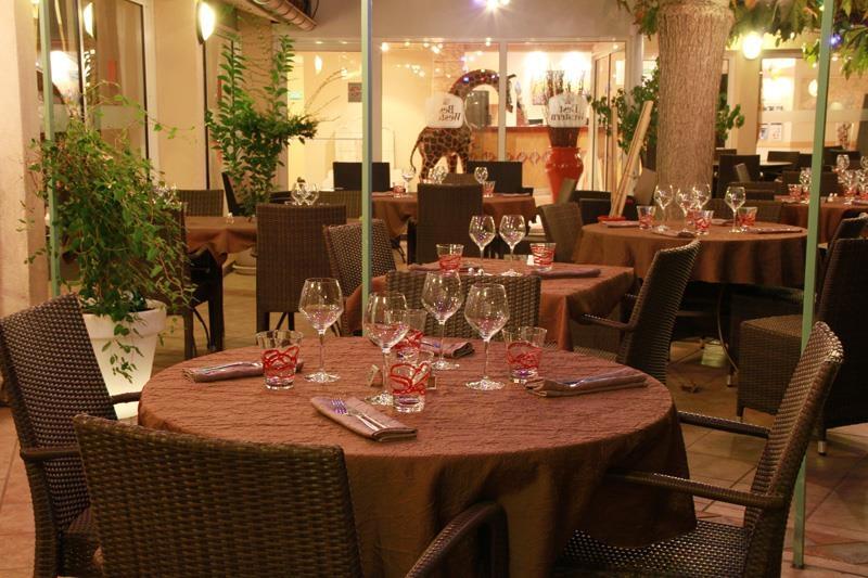 Best Western Hotel Uzes Pont Du Gard - Restaurant