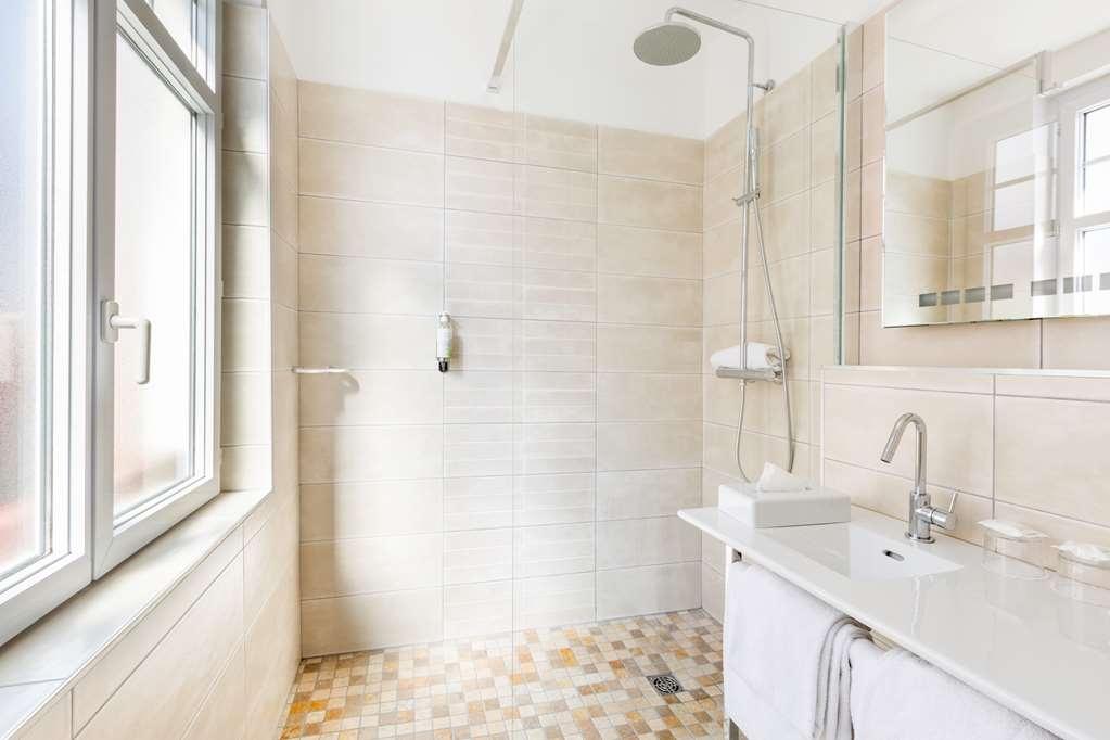 Best Western Kemaris - Guest room bath
