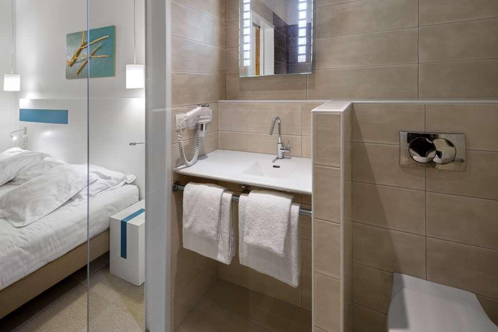 Best Western Kemaris - Bath Room