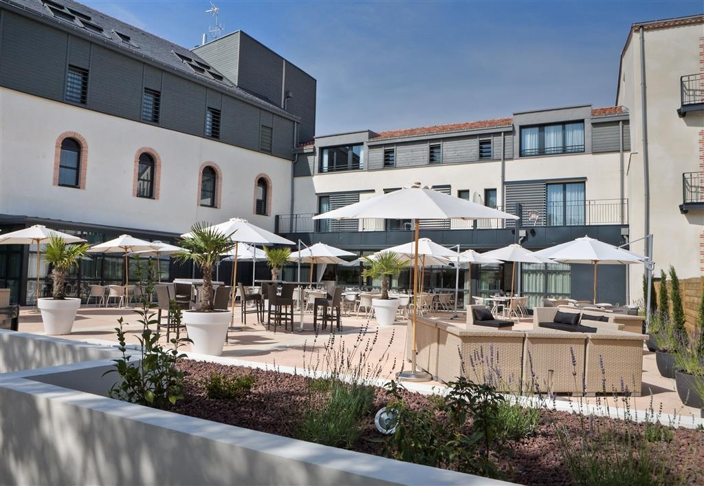 Best Western Plus Villa Saint Antoine Hotel & Spa - Terrace