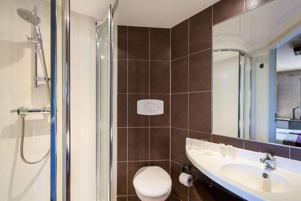 Best Western Hotel La Mare O Poissons - Bathroom