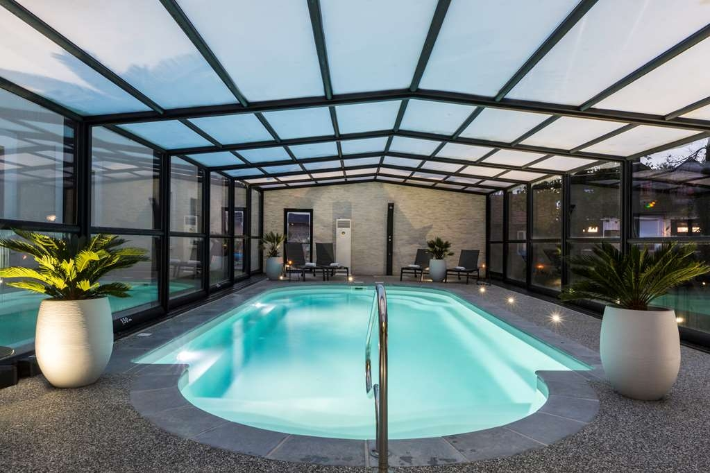 Best Western Hotel La Mare O Poissons - Poolansicht
