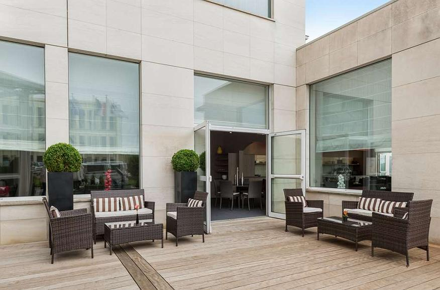 Best Western Plus Paris Saclay - Vista exterior