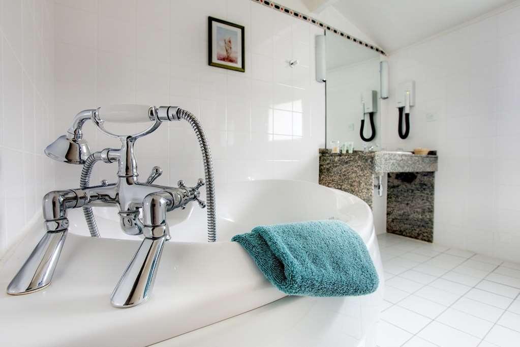 Best Western Hotel Le Guilhem - Badezimmer