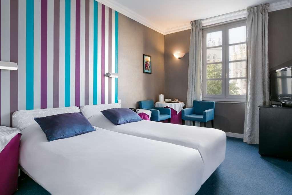 Best Western Hotel Le Guilhem - Gästezimmer/ Unterkünfte