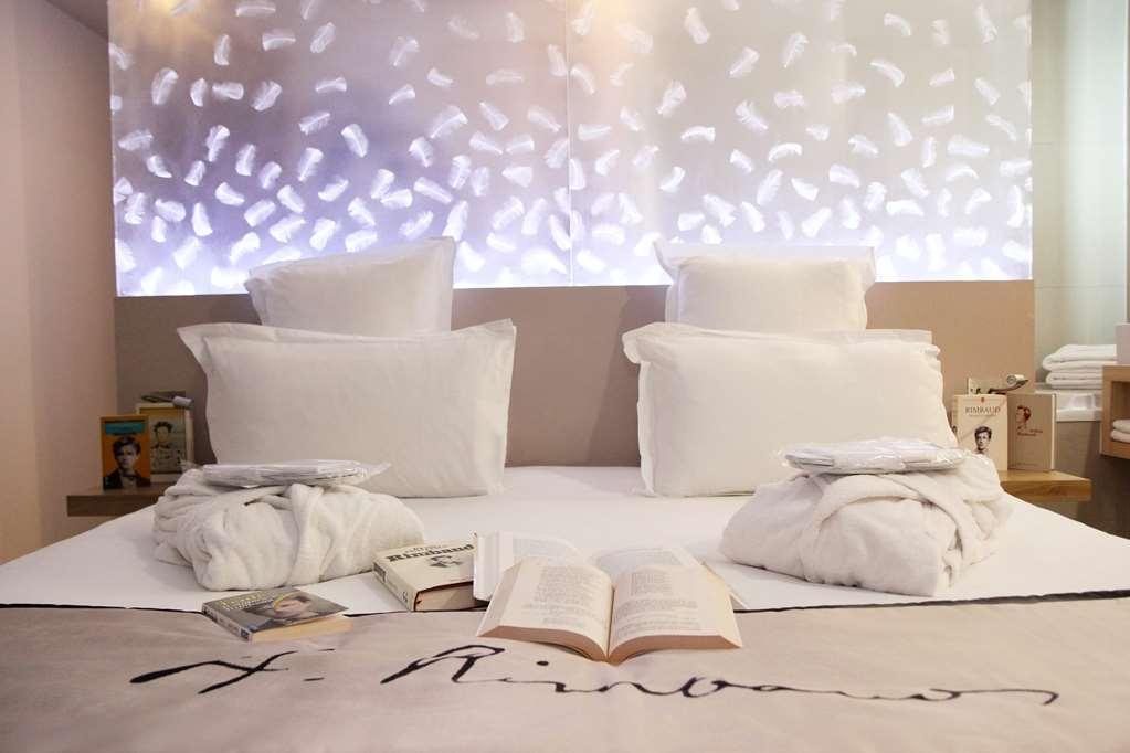 Best Western Hotel Litteraire Arthur Rimbaud - Guest Room