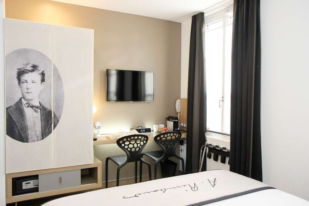 Best Western Hotel Litteraire Arthur Rimbaud - Chambre triple