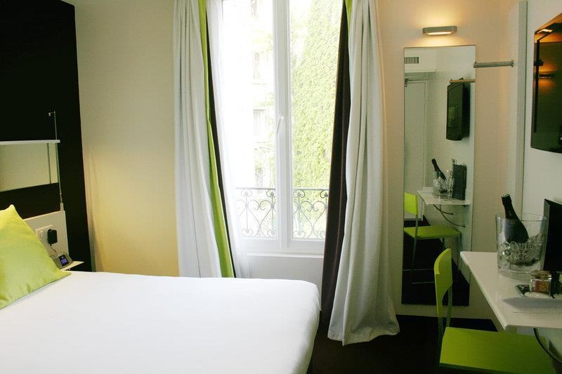 Best Western Hotel Le Montparnasse - Camera comfort con letto matrimoniale