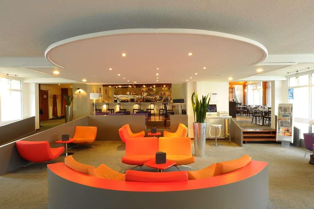 Best Western Saint-Etienne Aeroport - Vue du lobby