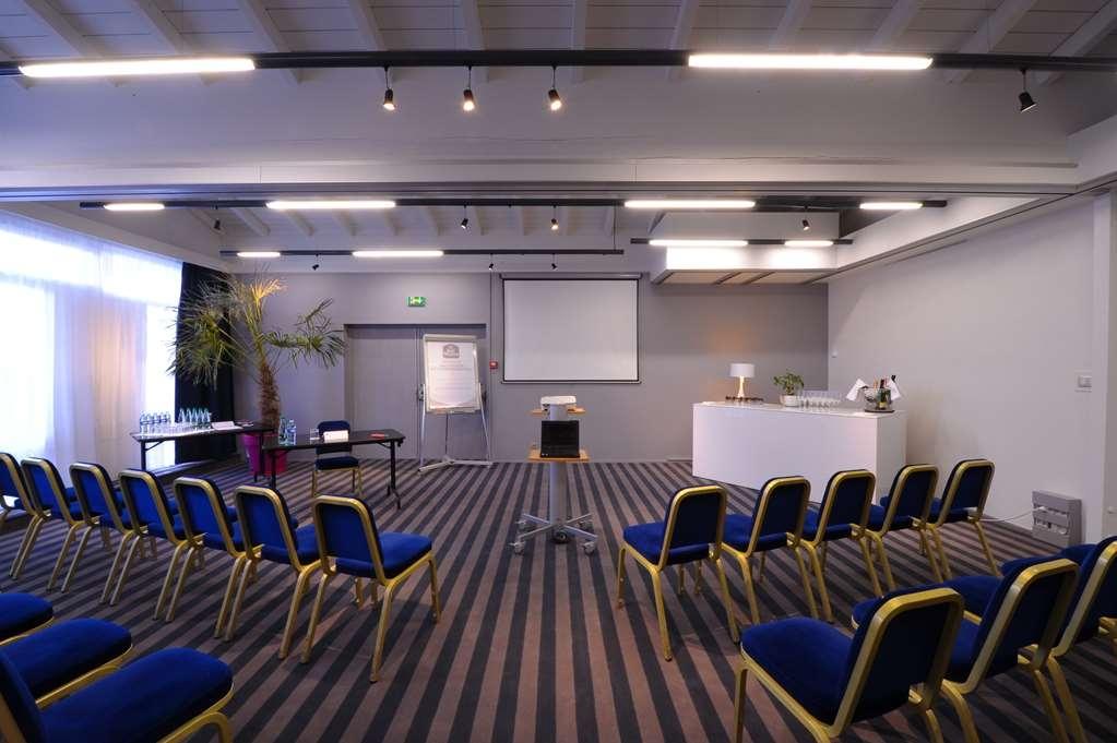 Best Western Saint-Etienne Aeroport - Salle de réunion
