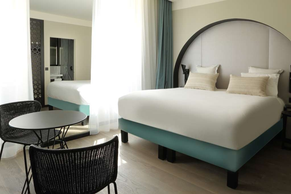 Best Western Plus Hotel La Joliette - Deluxe Guest Room