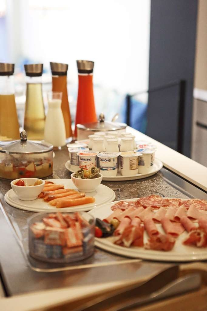 Best Western Plus Hotel La Joliette - Buffet