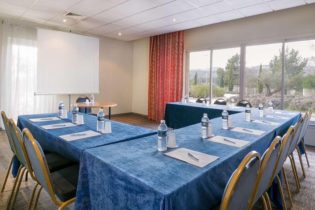 Best Western Aix Sainte Victoire - Meeting Room