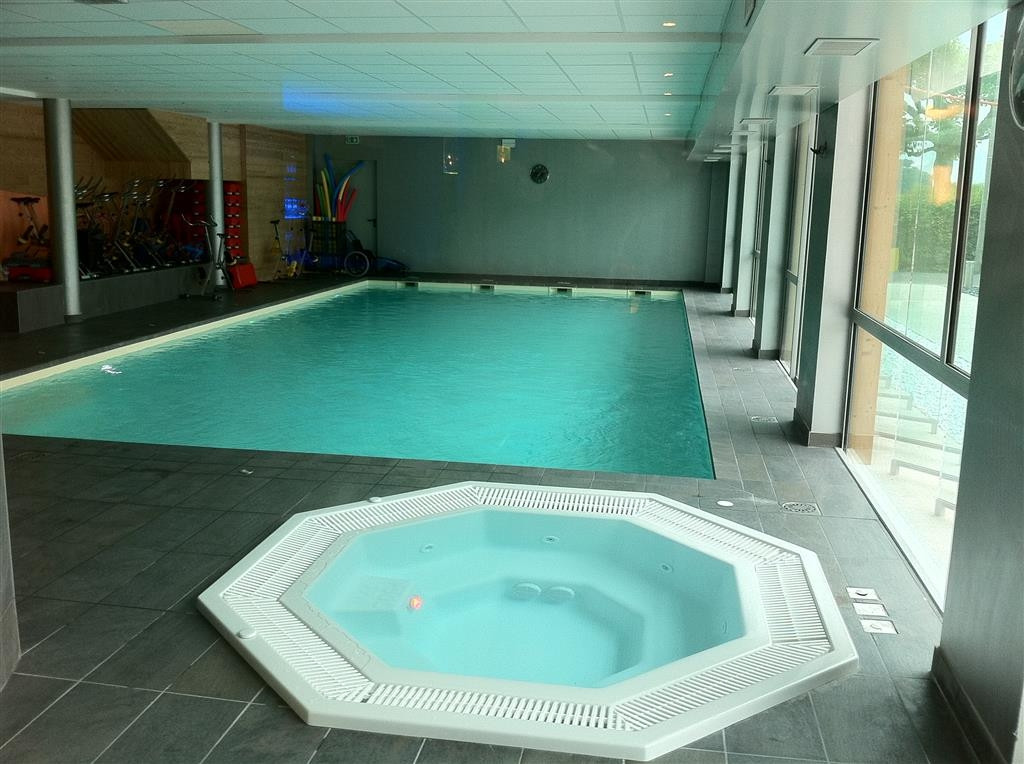 Best Western Aquakub - Indoor Swimming Pool and Hot Tub