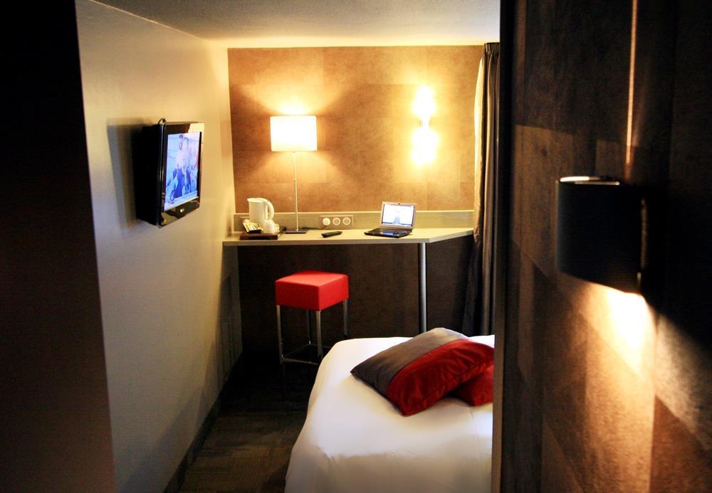 Best Western l'Atelier 117 - Guest Room