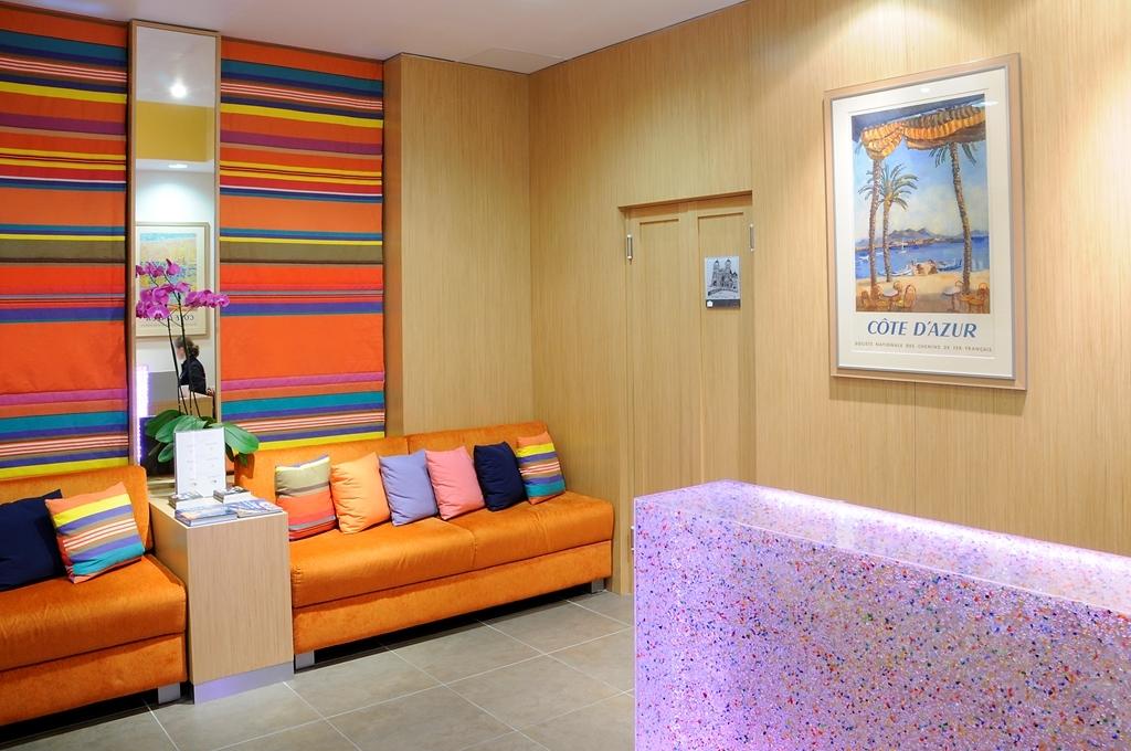 Best Western Hotel du Mucem - Hotel Lobby