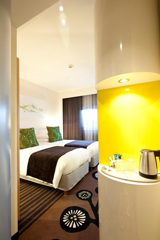 Best Western Plus Hotel Le Rhenan - Standard Twin Bed Guest Room