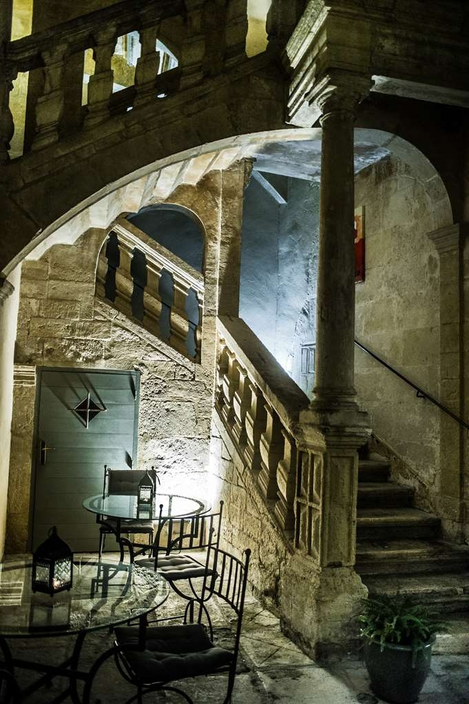 Best Western Le Marquis de La Baume - Historical Staircase in Patio
