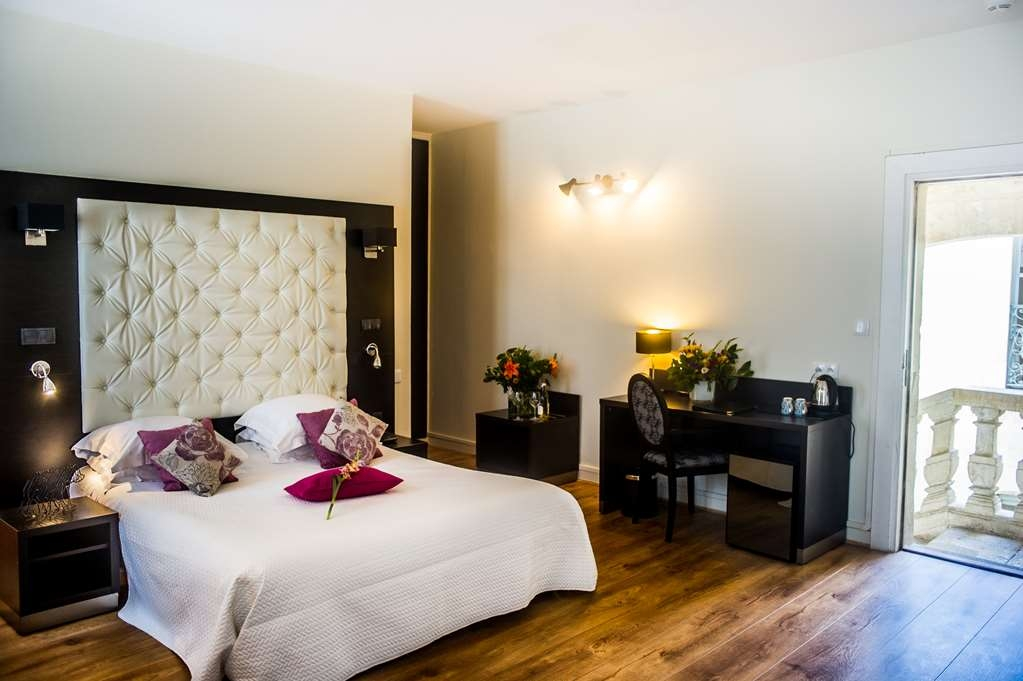 Best Western Le Marquis de La Baume - Junior Suite Includes One Queen Size Bed and One Sofa Bed