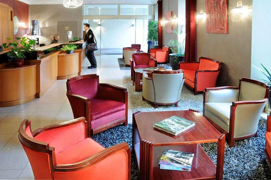 Best Western Poitiers Centre Le Grand Hotel - Vista del vestíbulo