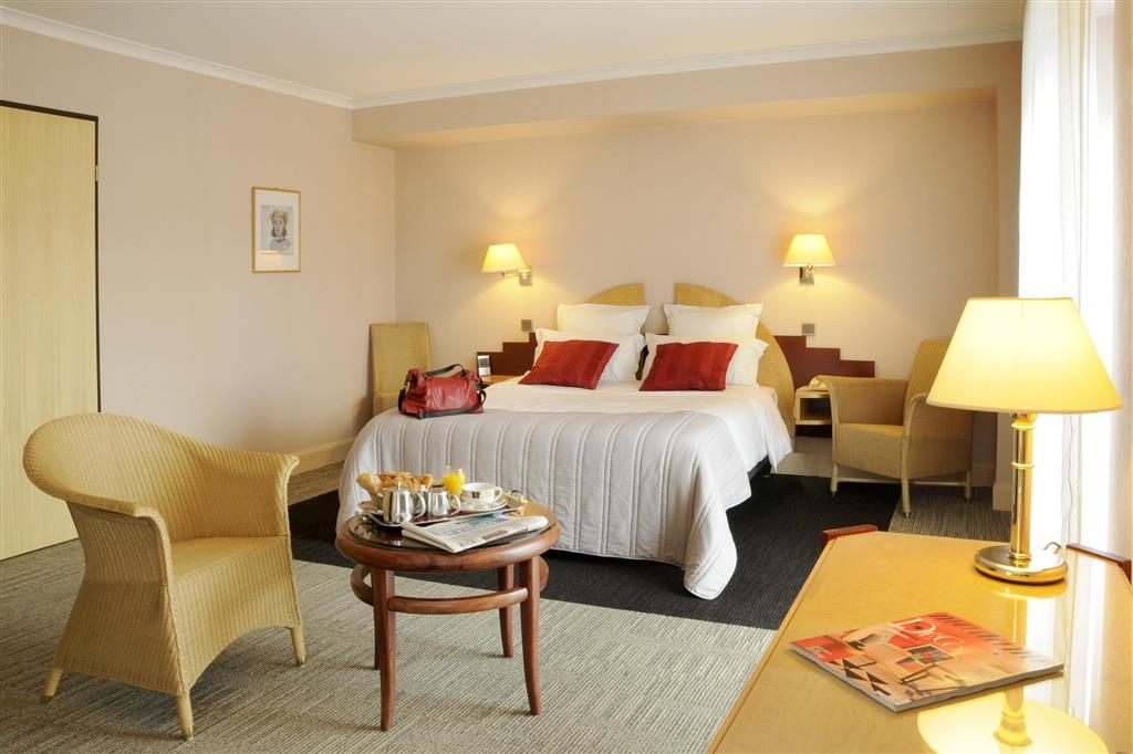 Best Western Poitiers Centre Le Grand Hotel - Suite