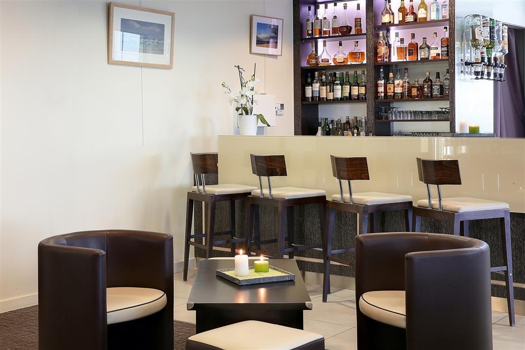 Best Western Plus Les Terrasses de Brehat - Bar / Lounge